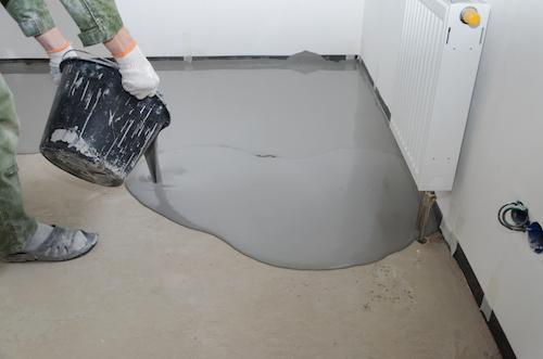 Hvordan lægges et epoxy gulv?