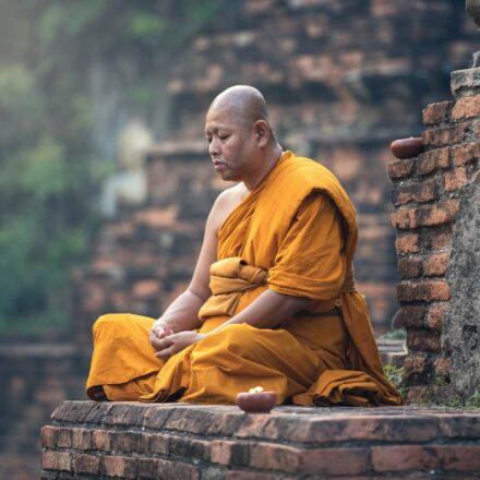 Hvordan bliver man buddhist?
