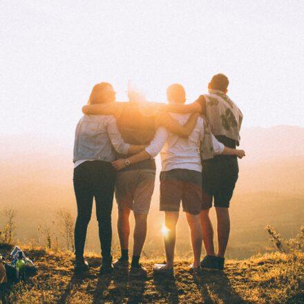 Hvordan får man venner?